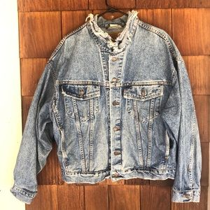 Vintage 1980's Levi's Trucker Denim Jacket